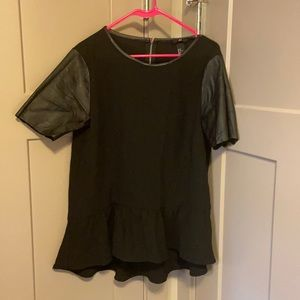 H&M Black top with leather